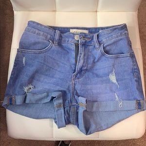 PacSun Light-Wash Jean Shorts